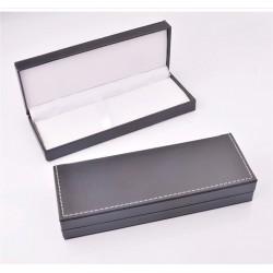 Dėžutė rašikliams, juoda